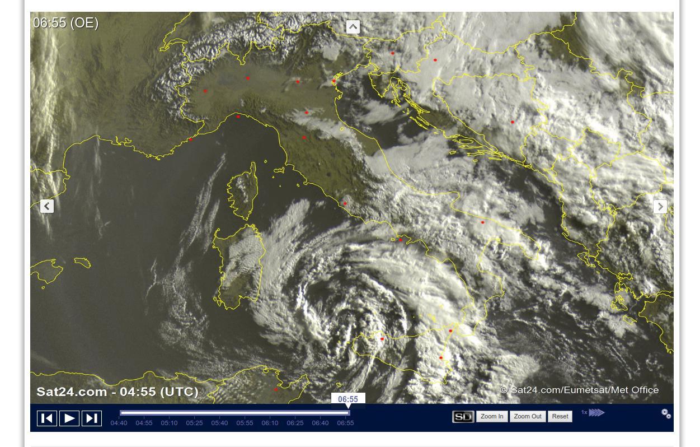 Vortice depressionario in azione al Sud Italia - sat24.com