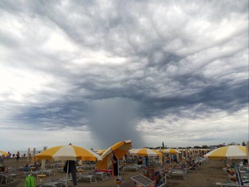 Agosto caldo o temporalesco? Fonte:Flickr