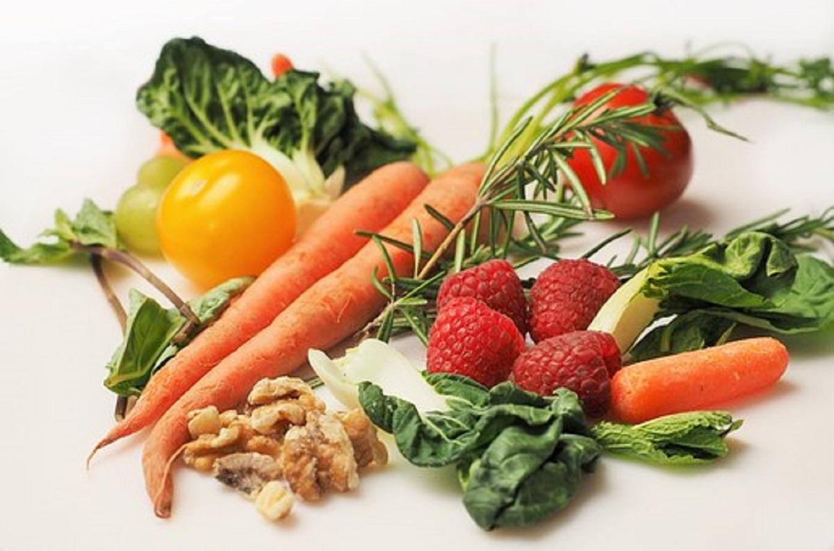 dieta settimanale per perdere 4 kg in un mese