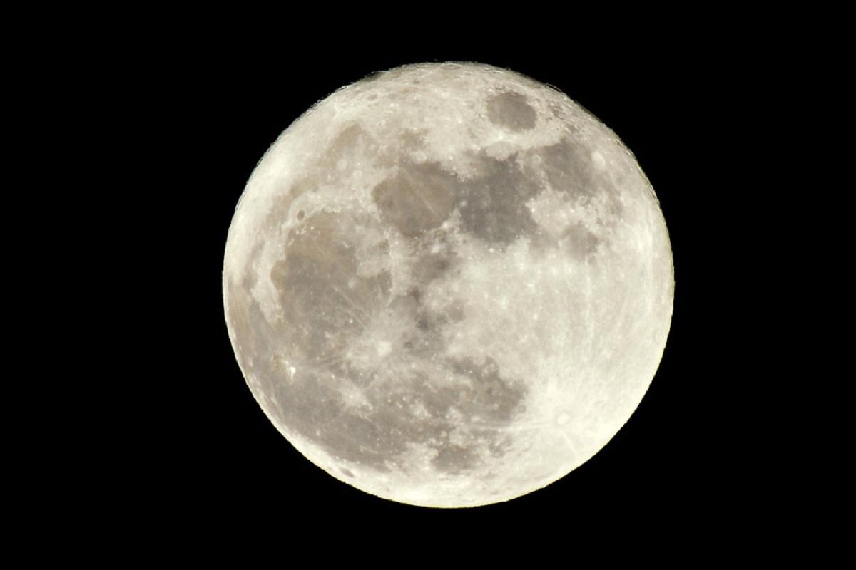 Oggi l'ultima Luna Piena dell'anno all'insegna del numero 12 tra ...