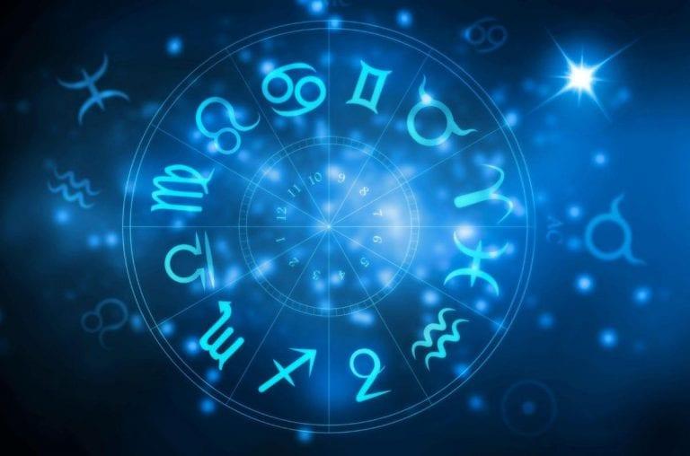 Oroscopo Paolo Fox oggi, lunedì 4 gennaio 2021: classifica segni zodiacali dal 12° al 1° posto