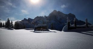 Tragedia sulle Dolomiti, una vittima