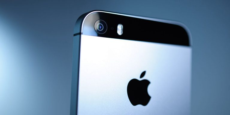 iPhone 12, prime indiscrezioni sul prezzo di vendita: le caratteristiche e la data di uscita