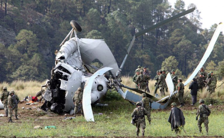 Elicottero militare si schianta nelle Filippine: 4 morti ed 1 ferito. Ecco cosa è successo