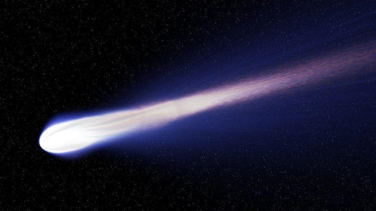 Neowise, la cometa visibile in questi giorni dall'Italia: quando osservarla e come fotografarla