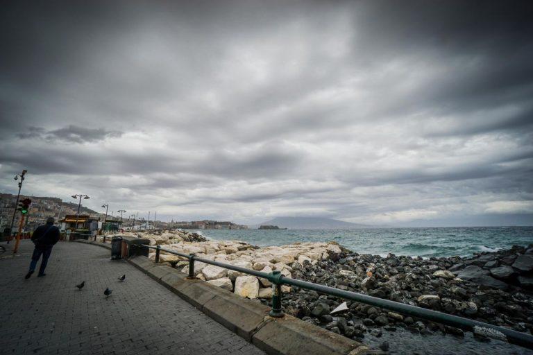 METEO ITALIA: piogge e temporali in marcia verso il SUD, ecco le regioni più colpite