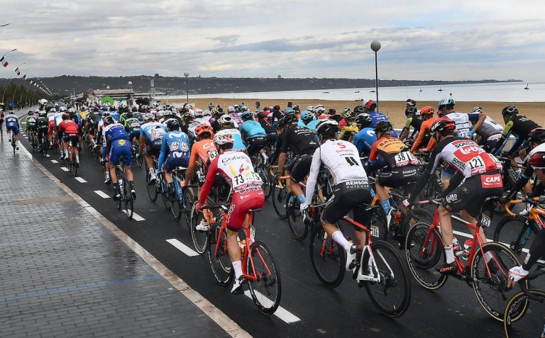 Giro d'Italia 2020, 12^ tappa Cesenatico-Cesenatico: risultati e vincitore | Meteo 15 ottobre