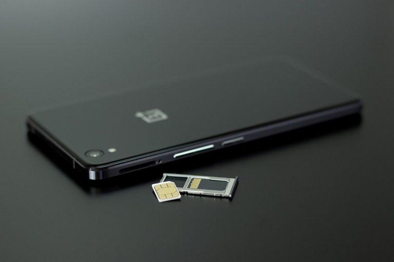 OnePlus Nord N10 5G e N100, gli smartphone low cost della società cinese: caratteristiche e prezzo