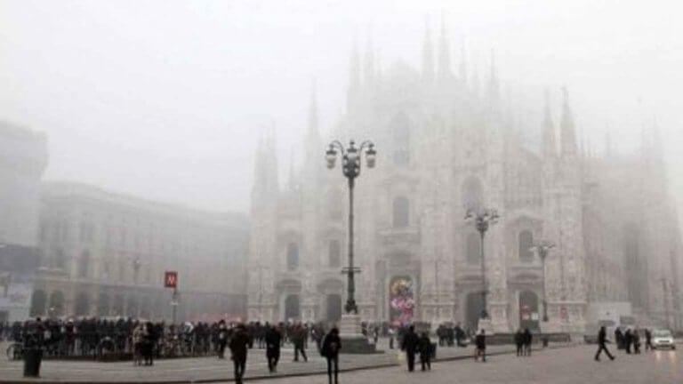 METEO MILANO – Nubi basse e foschie dense, ma senza PIOGGE; dicembre al via con una fase invernale, ecco le previsioni