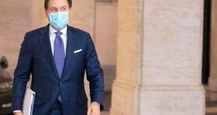 """Coronavirus, Conte annuncia: """"Il piano per il vaccino presto in Parlamento""""   Cosa succederà"""