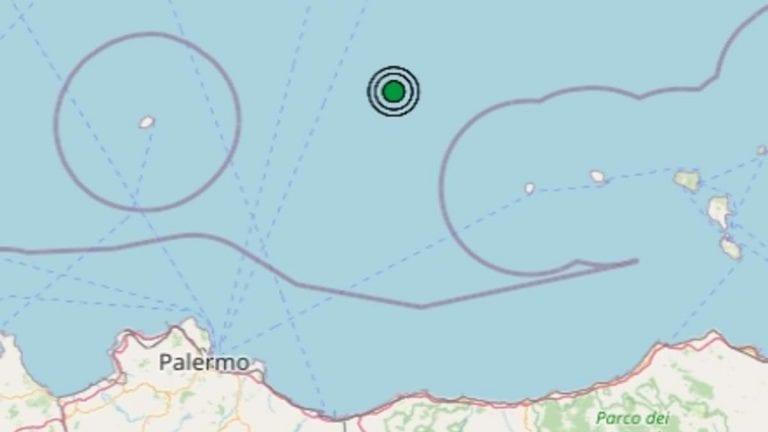 Terremoto in Italia oggi, giovedì 12 novembre 2020: sisma di M 2.3 sul Tirreno Meridionale – Dati Ingv