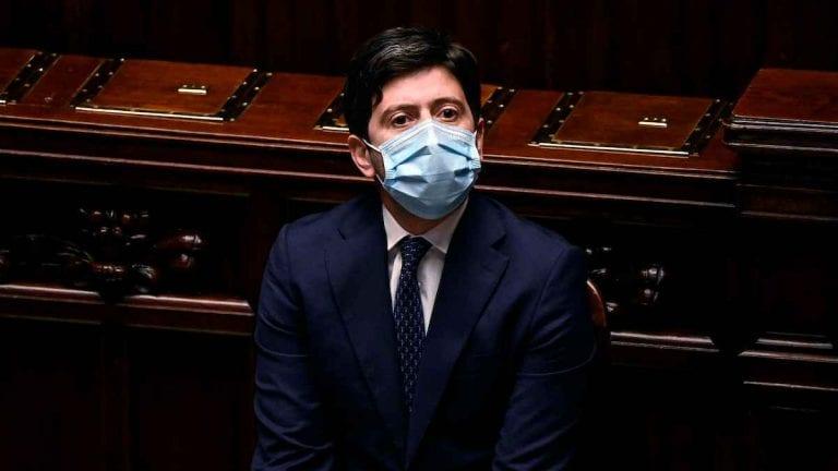 """Coronavirus, il Ministro Speranza annuncia: """"Lavoriamo per Italia zona rossa dal 24 dicembre al 7 gennaio"""""""