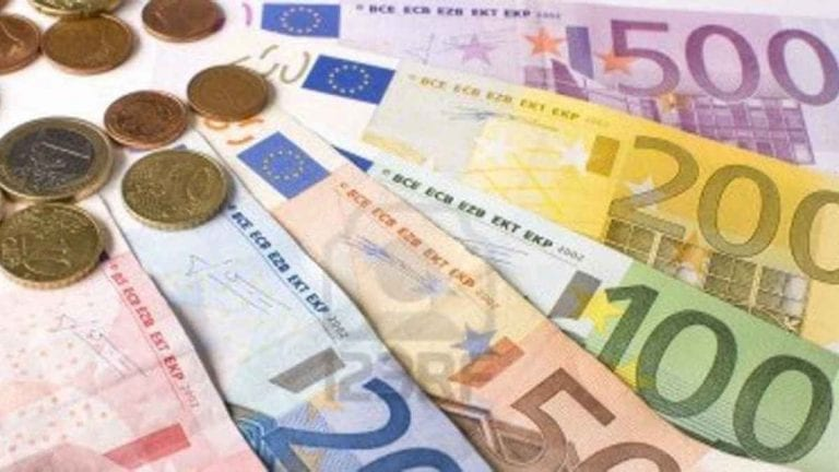 Contributi a fondo perduto partite Iva, avviati i pagamenti per 600 mila persone