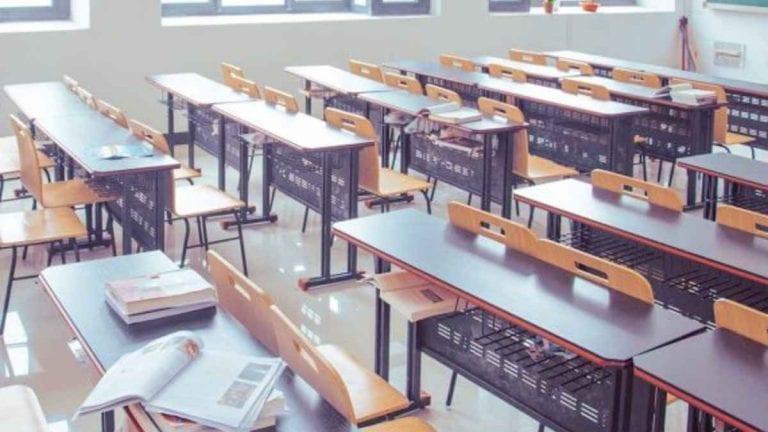 Covid-19, nuova ordinanza del Sindaco Pirozzi: scuole chiuse fino al 4 dicembre a Giugliano