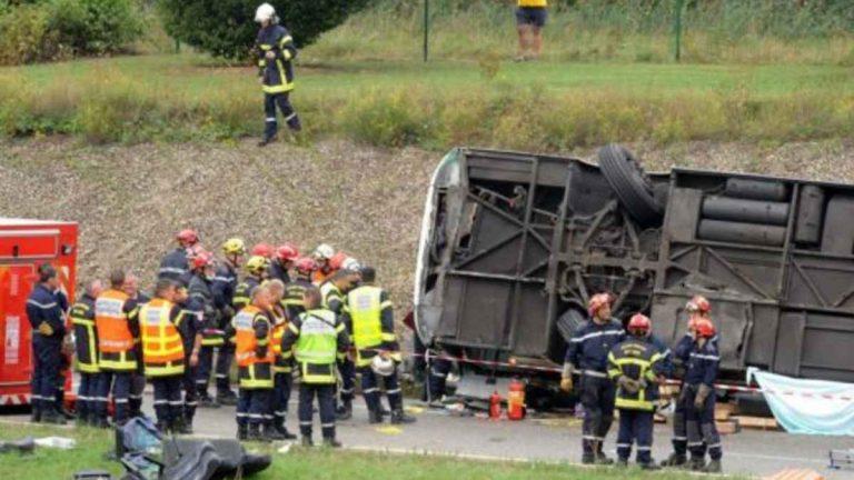 Autobus si ribalta in Messico: ci sono 2 morti e 21 feriti. Ecco cosa è successo