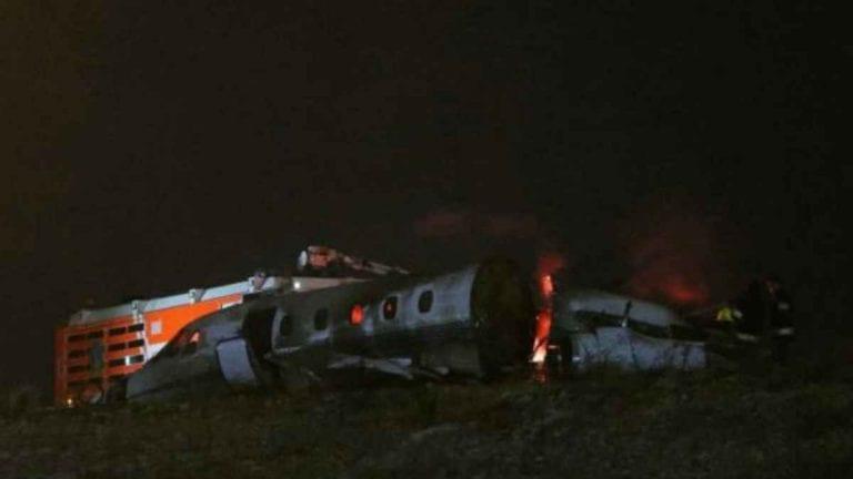 Un piccolo aereo si è schiantato in Israele: due morti e soccorsi sul posto. Si indaga sull'accaduto