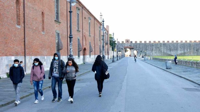 Coronavirus, ecco cosa accadrà in Italia tra il 20 e il 23 dicembre: le regole prima del lockdown