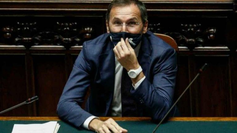 Covid-19, quanto dureranno le restrizioni rigide in Italia? Il Ministro Boccia ha svelato cosa accadrà nei prossimi mesi