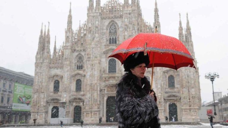 METEO MILANO – NATALE di MALTEMPO, poi IRRUZIONE POLARE e NEVE anche in città, ecco le previsioni