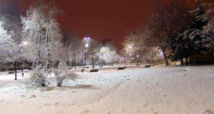 Neve a Milano nella notte e non solo - fonte: ENRICO DE SANTIS-ANSA-LI