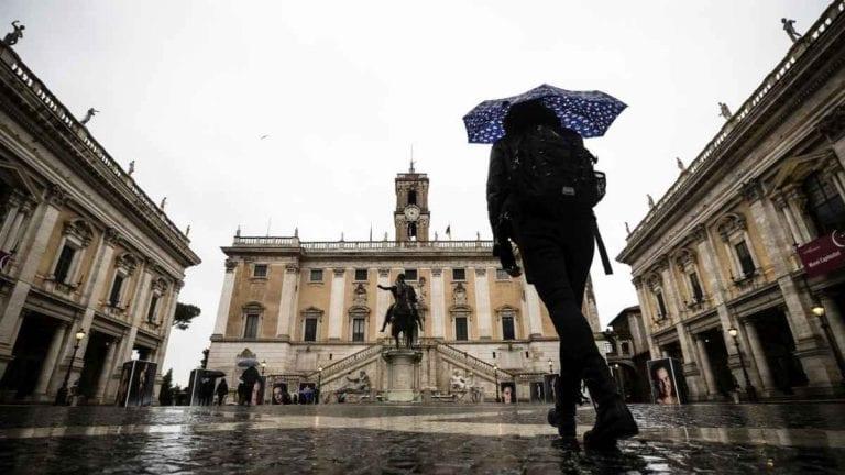 METEO ROMA – Qualche PIOGGIA e temperature via via più BASSE; ecco le previsioni