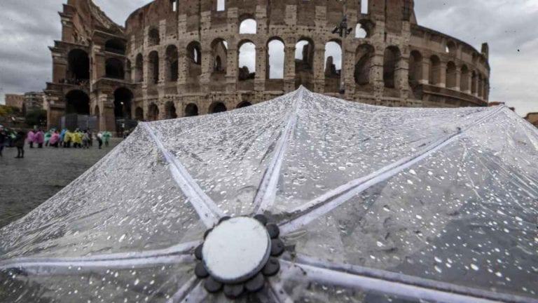 METEO ROMA – SOLEGGIATO e clima INVERNALE, presto potrebbero tornare le PIOGGE, ecco le previsioni