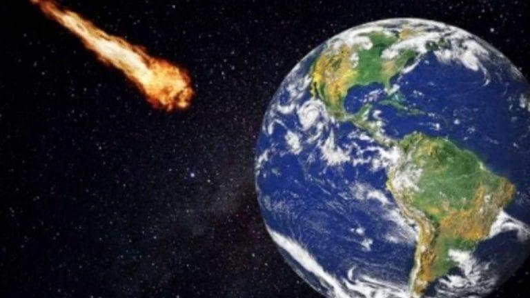 Una strana palla di fuoco attraversa il cielo, avvertito forte boato in Spagna: di cosa si è trattato? VIDEO