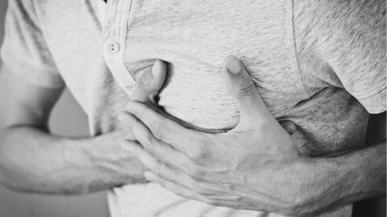 Infarto, un nuovo studio svela un sintomo importante che prelude ad un attacco cardiaco