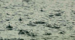 METEO NAPOLI - Nubi ed ACQUAZZONI sparsi, tempo instabile e mite nei prossimi giorni; le previsioni