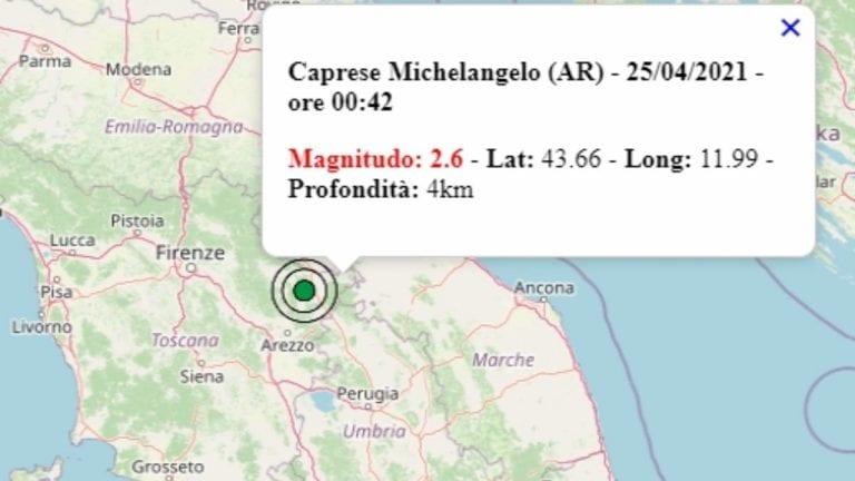 Terremoto in Toscana oggi, domenica 25 aprile 2021, scossa M 2.6 in provincia Arezzo – Dati Ingv