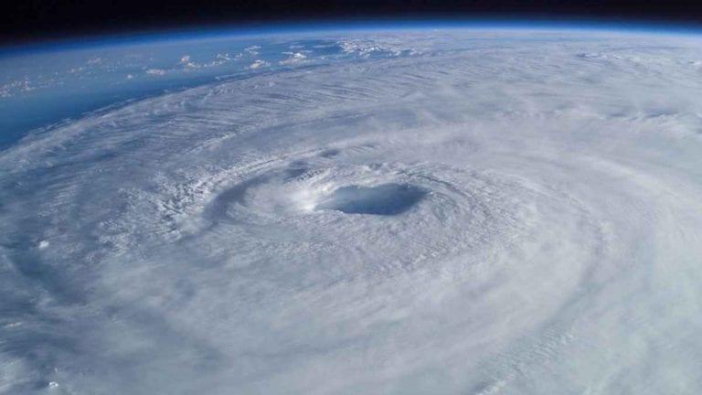 METEO – Il CICLONE Yaas TRAVOLGE l'India, provocando ingenti DANNI: ci sono 2 morti e 1,5 milioni di evacuati
