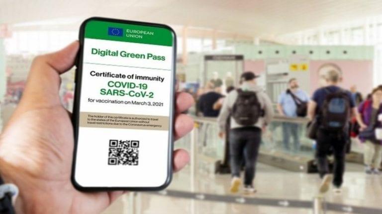 Green pass obbligatorio in questi casi, è atteso oggi il nuovo decreto del governo