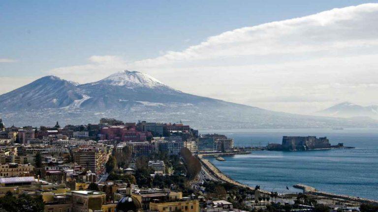 METEO NAPOLI – Poche NOVITA' all'ORIZZONTE, VARIABILITA' asciutta e clima ESTIVO; le previsioni