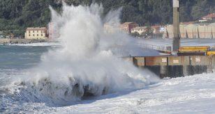 METEO - Il MARROBBIO colpisce le coste della Spagna e provoca DANNI ingenti a Santa Pola, i dettagli